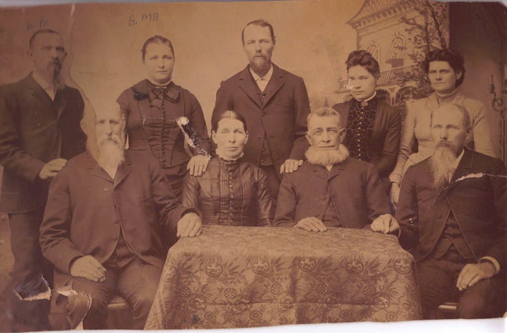 Duscomb_Foster_Wood_family_portrait